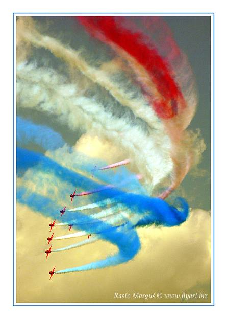 "photo ""Red Arrows"" tags: technics,"
