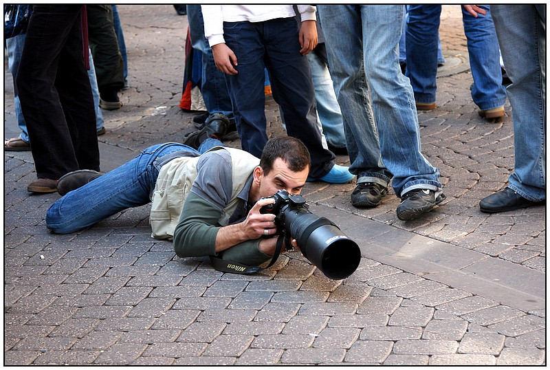 "photo ""Photograhper"" tags: genre, humor,"