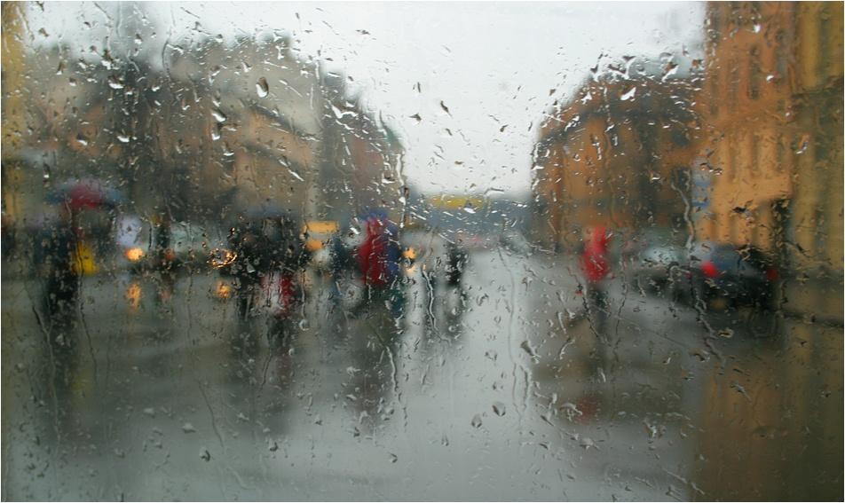 вас фото дождь за окном летом питер почти каждая девушка