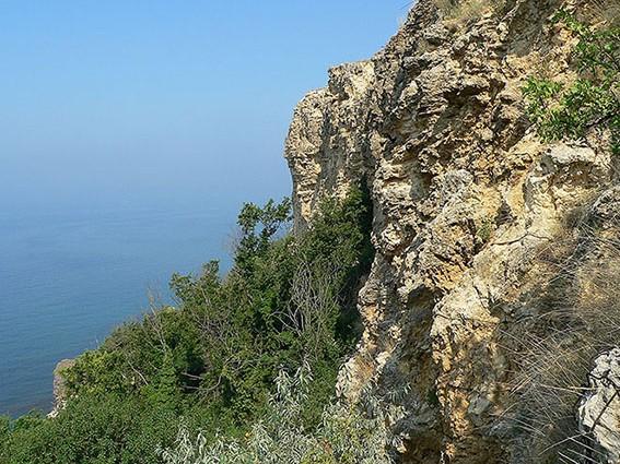 "photo ""Rocks, sea, sky"" tags: landscape, mountains"