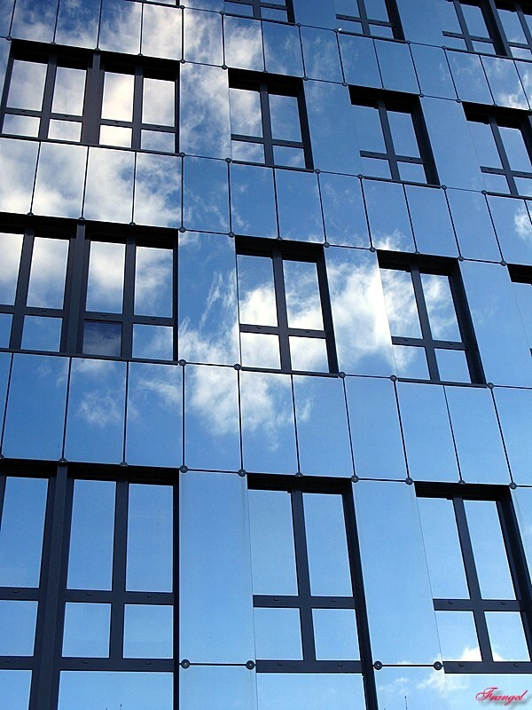 "photo ""House of Glas"" tags: genre, landscape, clouds"