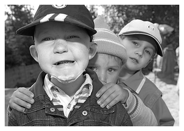 """фото """"... за наше счастливое детство"""" метки: жанр, черно-белые,"""