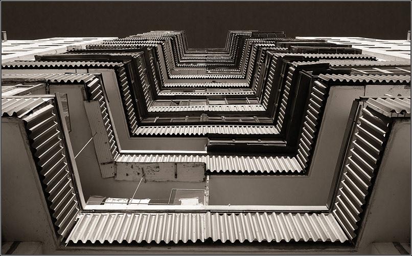 "photo ""No title"" tags: architecture, black&white, landscape,"