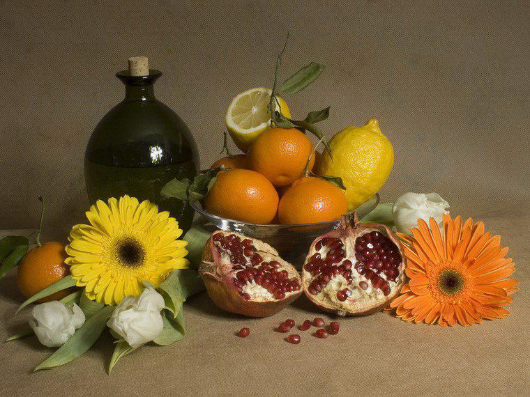 "photo ""fruit-piece"" tags: still life,"