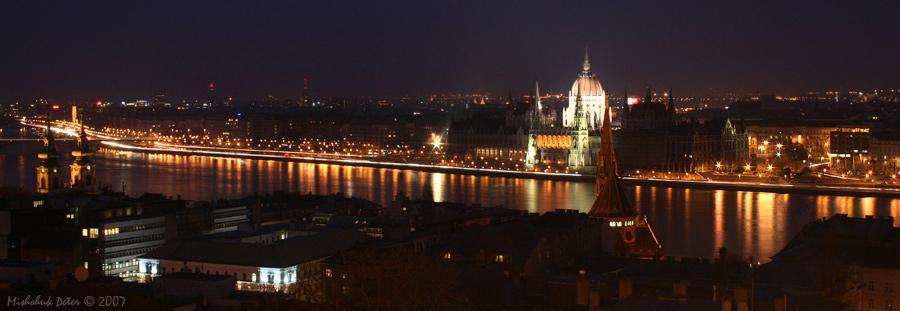 """photo """"Budapesht at night"""" tags: landscape, travel, Europe, night"""