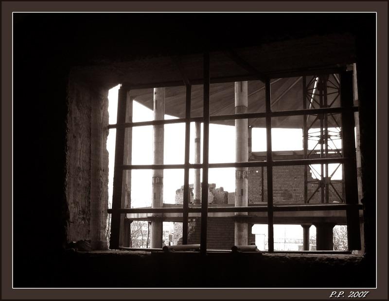 """фото """"Сижу за решеткой, в темнице сырой."""" метки: черно-белые,"""