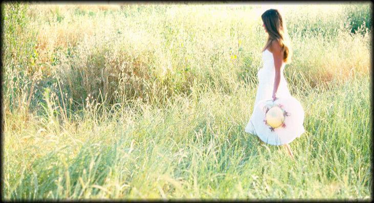 """photo """"Field In Summer"""" tags: landscape, portrait, summer, woman"""