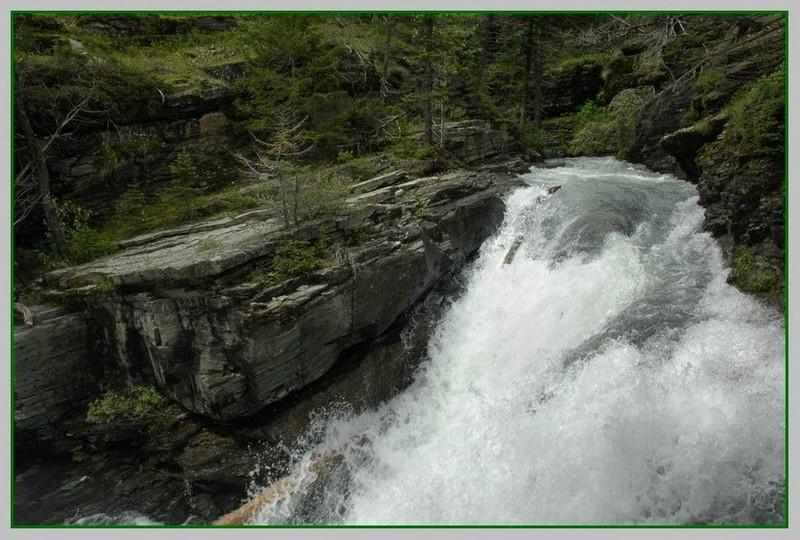 """фото """"runoff"""" метки: пейзаж, вода, горы"""