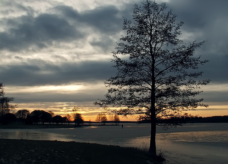 "photo ""The Loneliness"" tags: landscape, sunset"