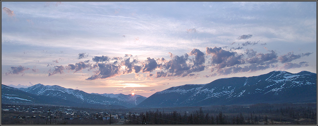 "photo ""Waiting for nice day"" tags: landscape, clouds, mountains"