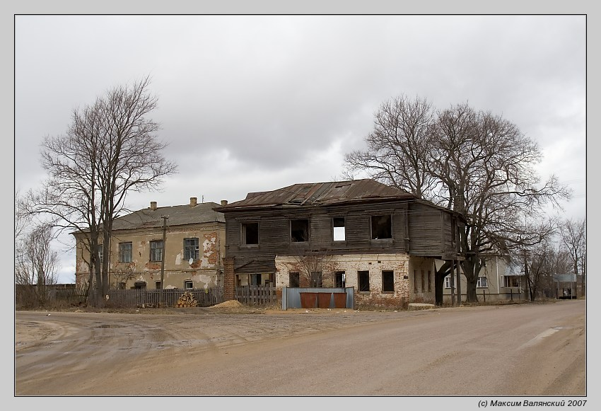 "фото ""Развалины / Теряево"" метки: архитектура, пейзаж, весна"
