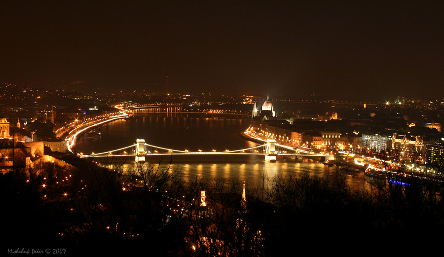 "photo ""Chain Bridge in Budapest"" tags: architecture, landscape, night"