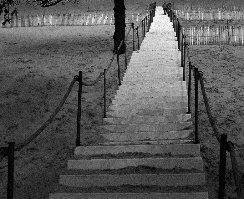 "photo ""the stairs"" tags: black&white,"