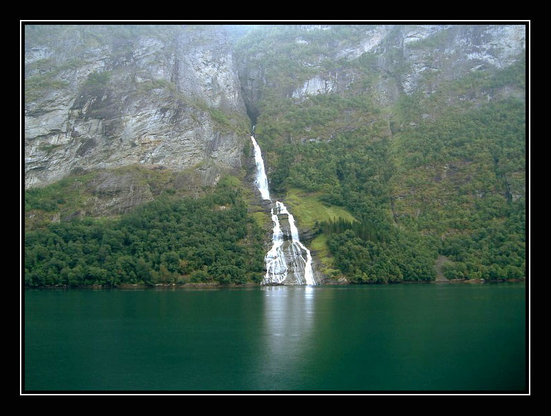 "photo ""Waterfall in the Geiranger Fjord"" tags: travel, landscape, Europe, water"