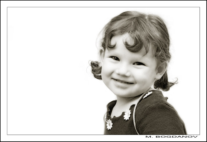 "photo ""Sunny"" tags: portrait, black&white, children"