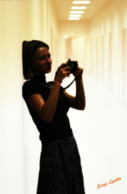 "photo ""xxx"" tags: portrait, woman"
