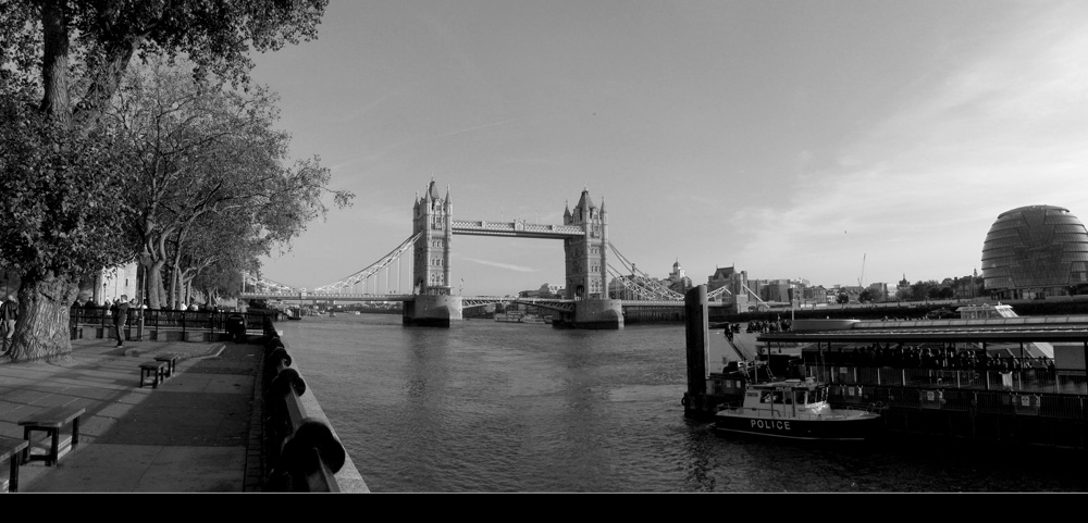 "photo ""Tower Bridge"" tags: landscape, travel, Europe, water"