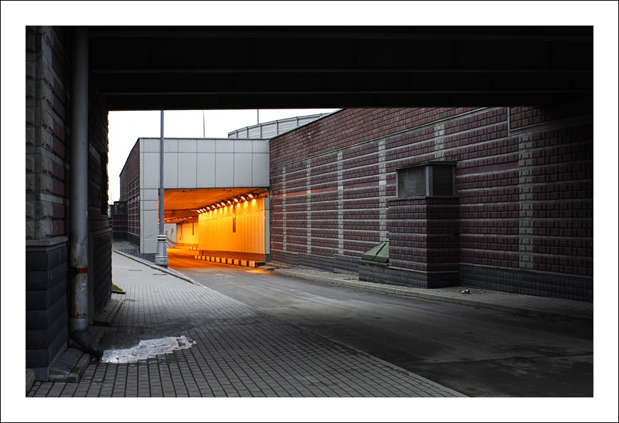 "photo ""Tunnel"" tags: city, architecture, landscape,"