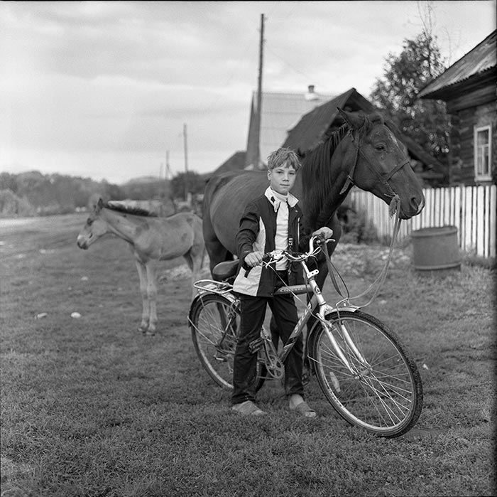 "photo ""Horseman"" tags: portrait, children"
