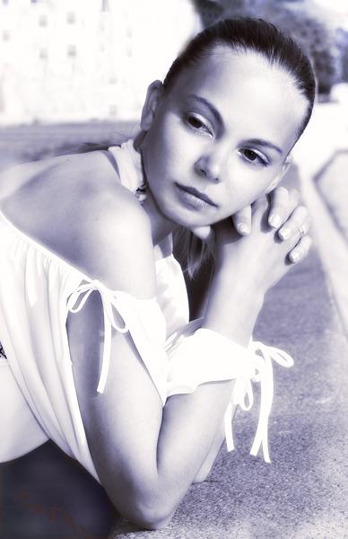 """photo """"Summer portrait"""" tags: portrait, black&white, woman"""