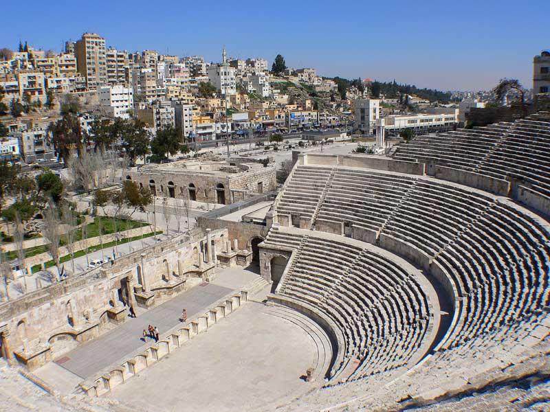 """фото """"Римский амфитеатр в Аммане."""" метки: путешествия, архитектура, пейзаж, Азия"""