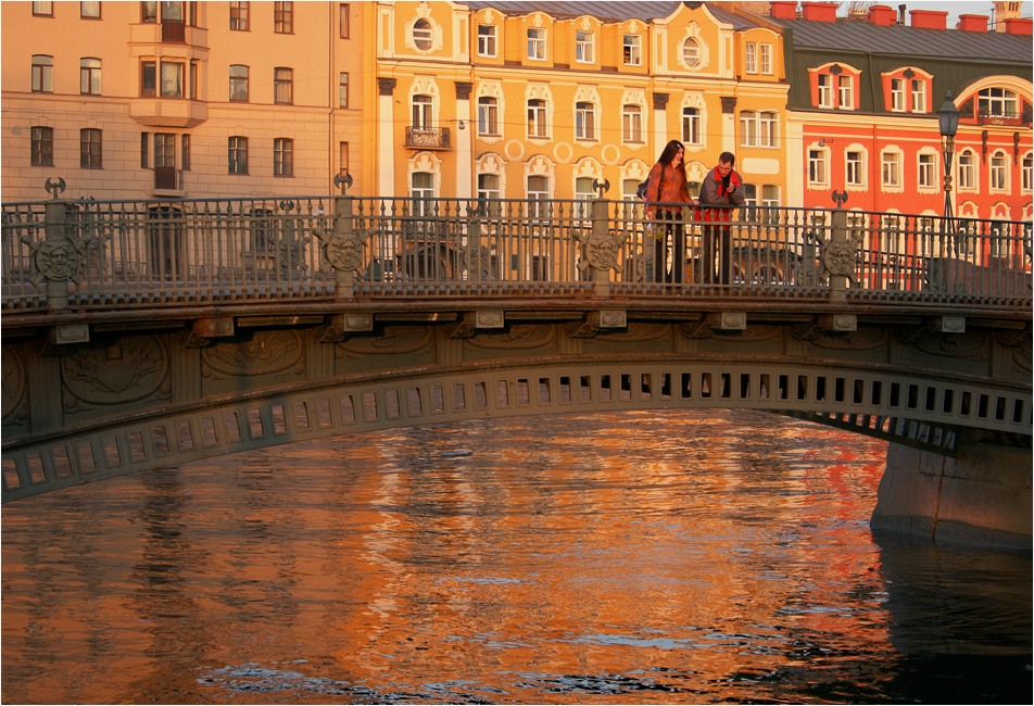 """photo """"Gold city"""" tags: landscape, city, water"""