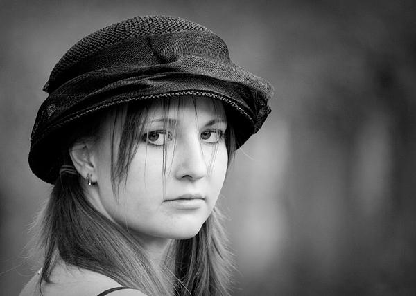 "photo ""She"" tags: portrait, woman"