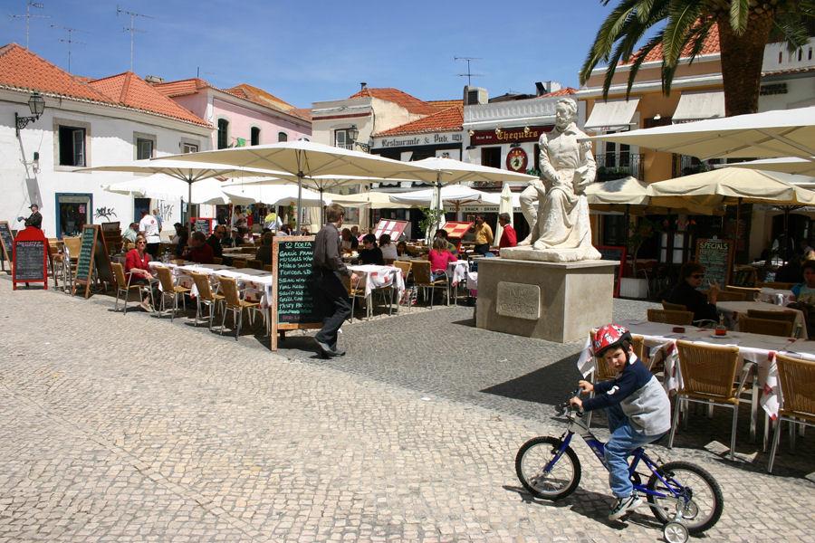"photo ""The Portuguese love bikes 29/38"" tags: travel, Europe"