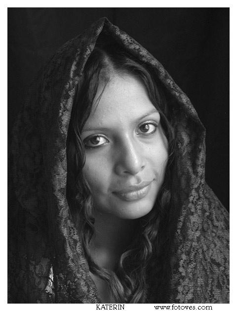 "photo ""Katerin"" tags: portrait, black&white, woman"