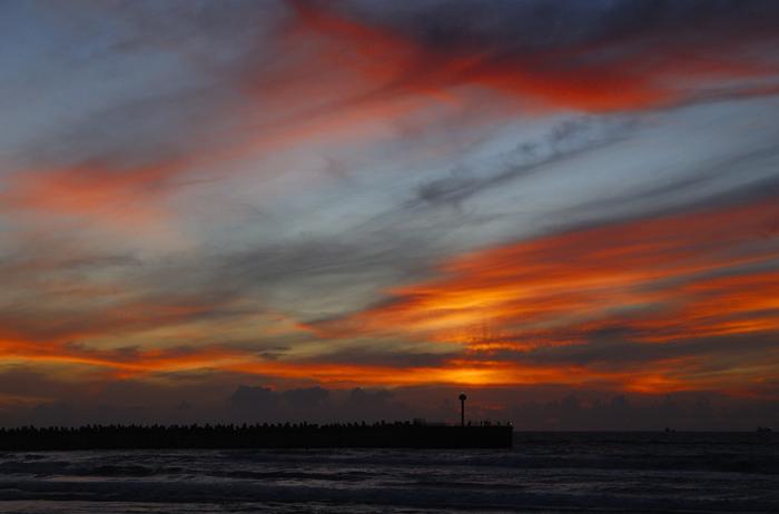 """фото """"Dusk"""" метки: пейзаж, закат, облака"""