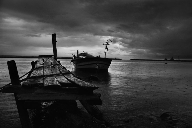 """фото """"rain and the wharf"""" метки: ,"""