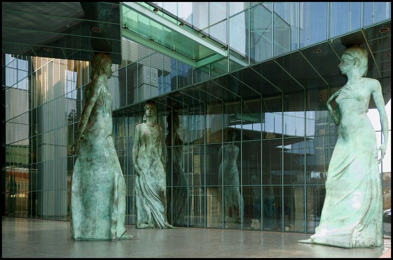 "фото ""Три грации"" метки: архитектура, пейзаж,"