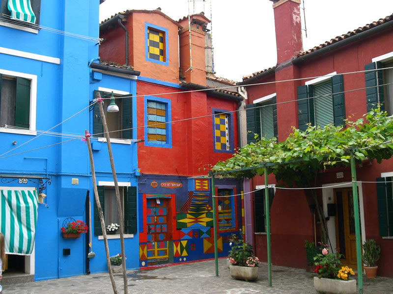 "photo ""Colourful Burano"" tags: city, travel, Europe"