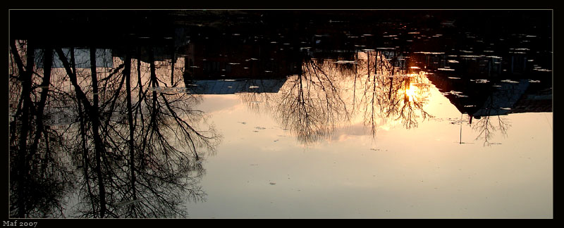 "фото ""Sunset in the water."" метки: пейзаж, вода, закат"