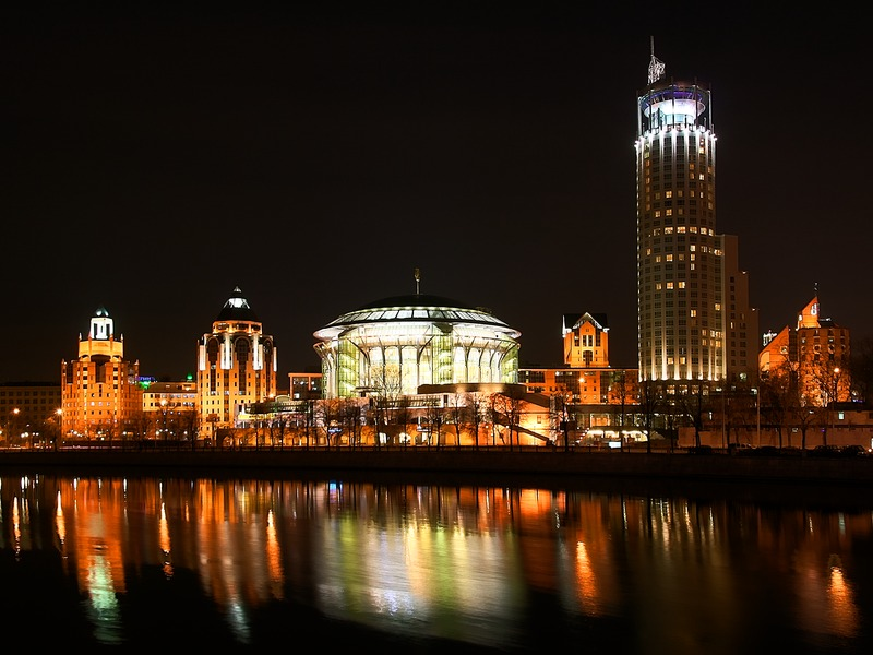 "photo ""Red Hills at night, Moscow"" tags: architecture, landscape, water"