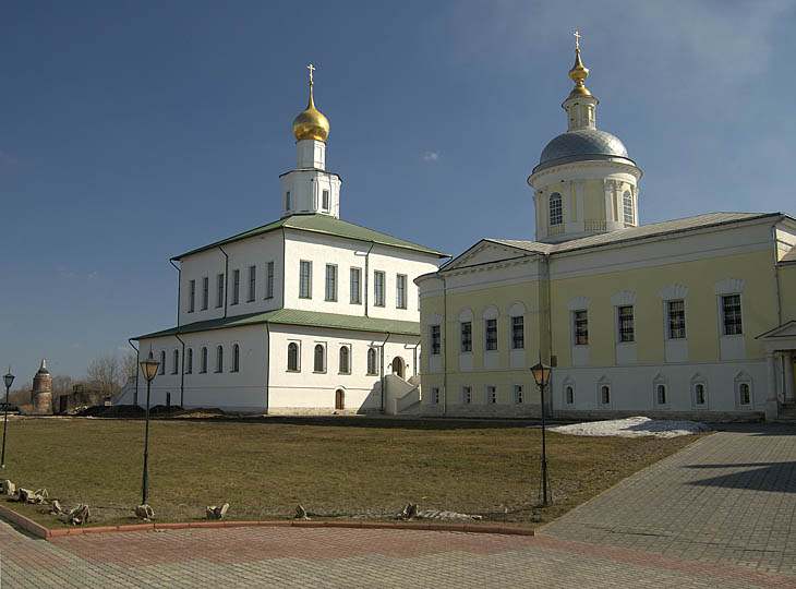 """фото """"Богоявленский Старо-Голутвинский мужской монастырь"""" метки: ,"""