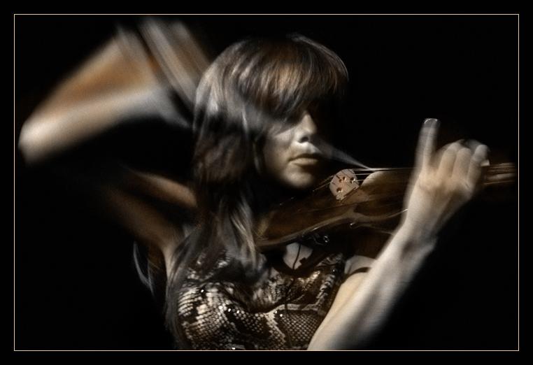 "photo ""spirit of music"" tags: portrait, woman"