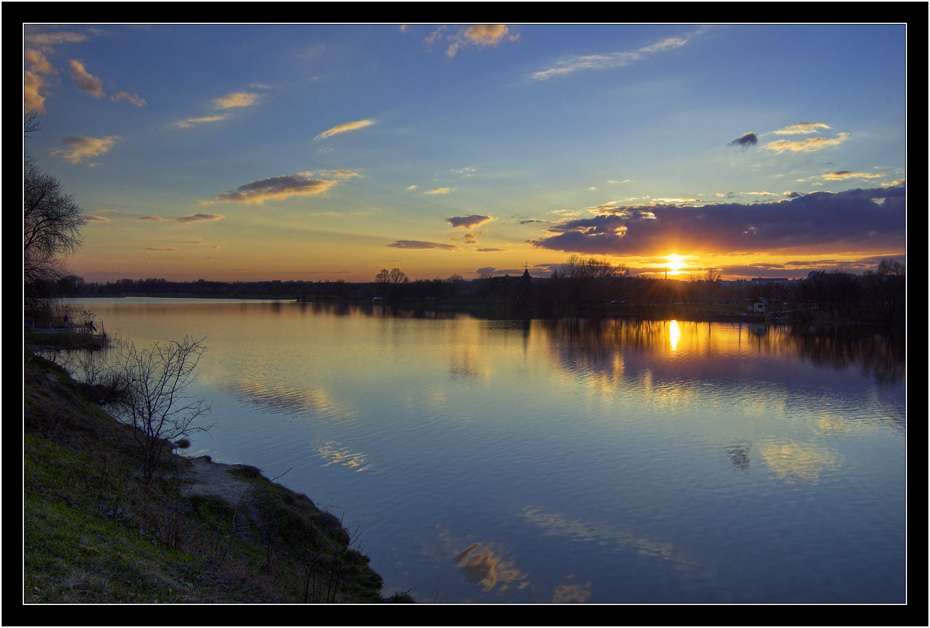 """photo """"On Annunciation evening"""" tags: landscape, sunset, water"""