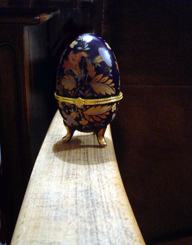 """photo """"Easter Messanger"""" tags: misc.,"""