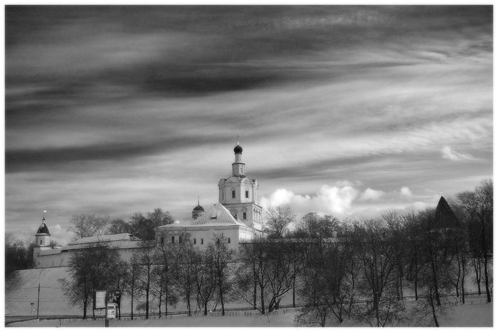 """фото """"Андроников монастырь"""" метки: город, черно-белые,"""
