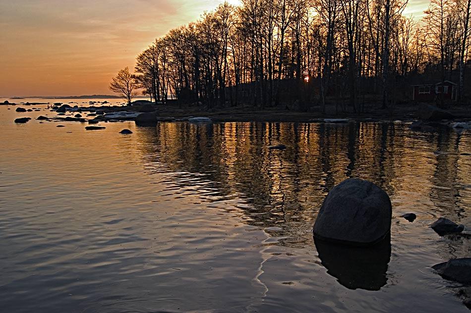 "фото ""A lost sun"" метки: пейзаж, вода, закат"