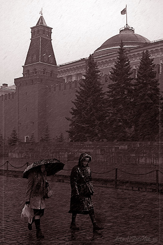 "photo ""Moscow, April"" tags: genre, misc.,"