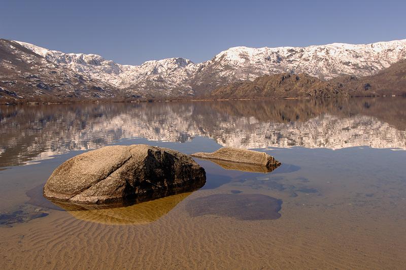"photo ""Sanabria Lake"" tags: landscape, mountains, water"