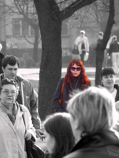 """photo """"Passage"""" tags: portrait, city, woman"""