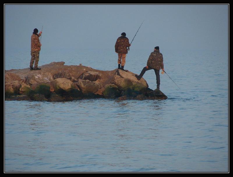 """фото """"Три богатыря вышли на рыбалку..."""" метки: пейзаж, жанр,"""
