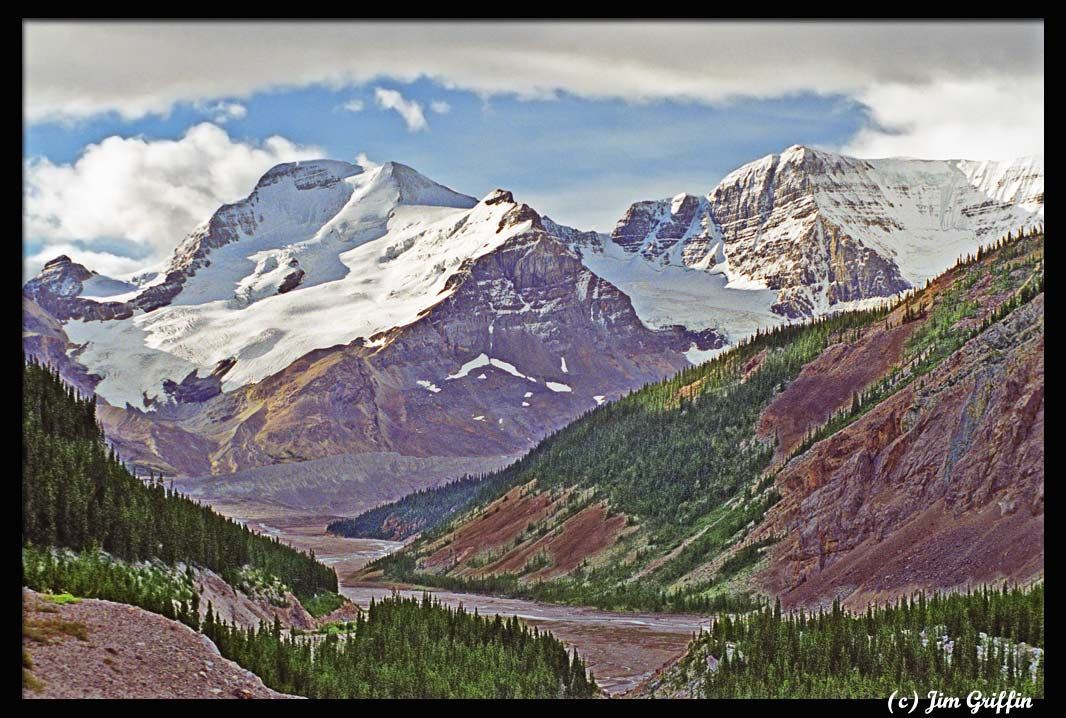 """photo """"Along the Icefields Parkway"""" tags: landscape, mountains, summer"""