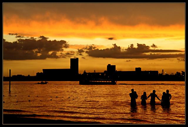 "photo ""Friends"" tags: landscape, architecture, water"