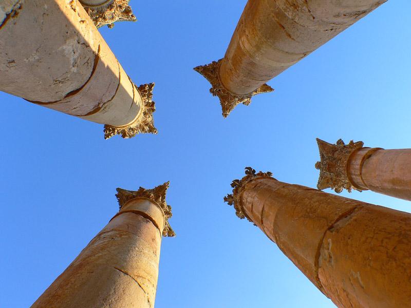 "фото ""колонны храма Артемиды"" метки: архитектура, путешествия, пейзаж, Азия"