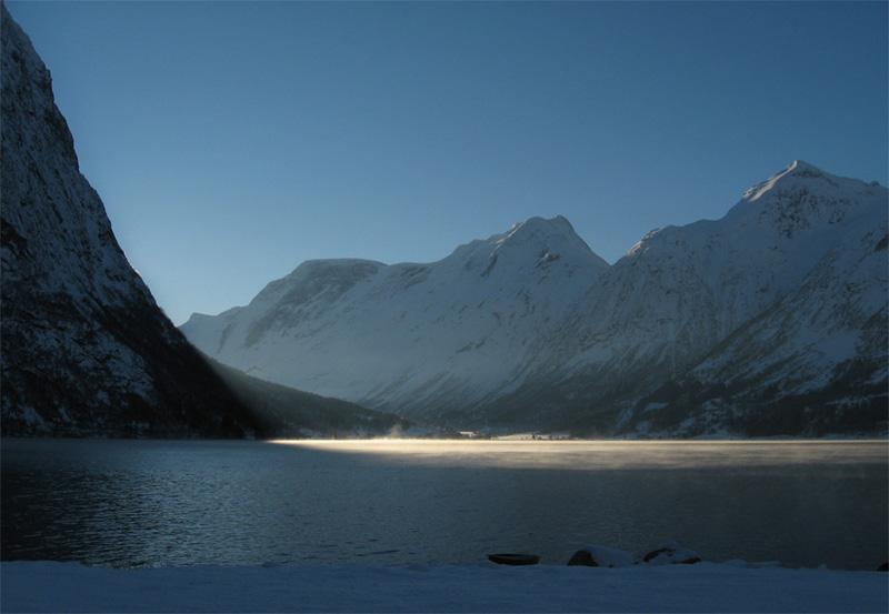 """photo """"Erdalen"""" tags: landscape, mountains"""