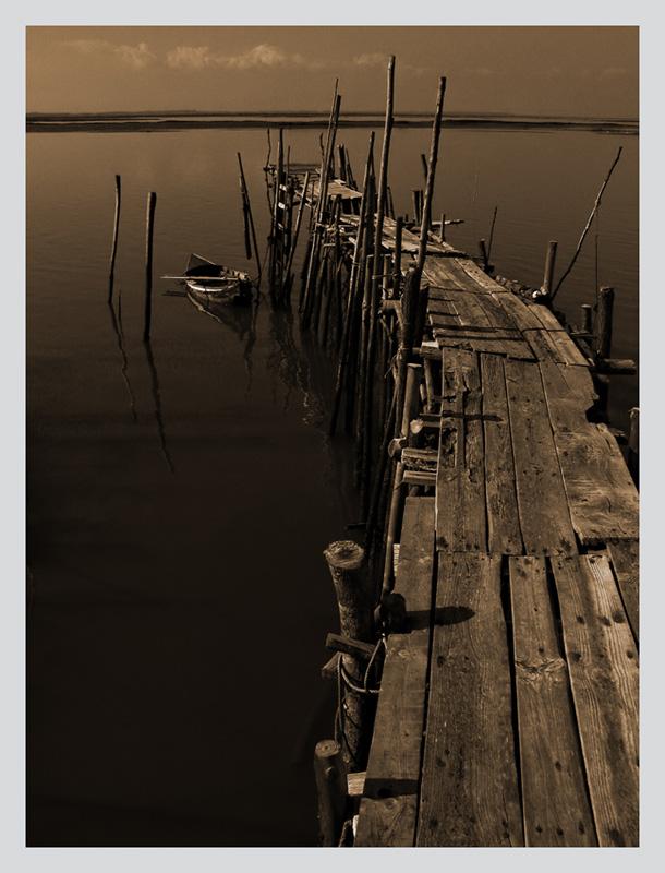 "photo ""wharf scenes #2"" tags: black&white,"